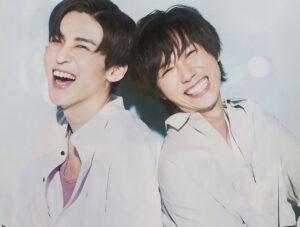 目黒蓮さんと阿部亮平さんの写真